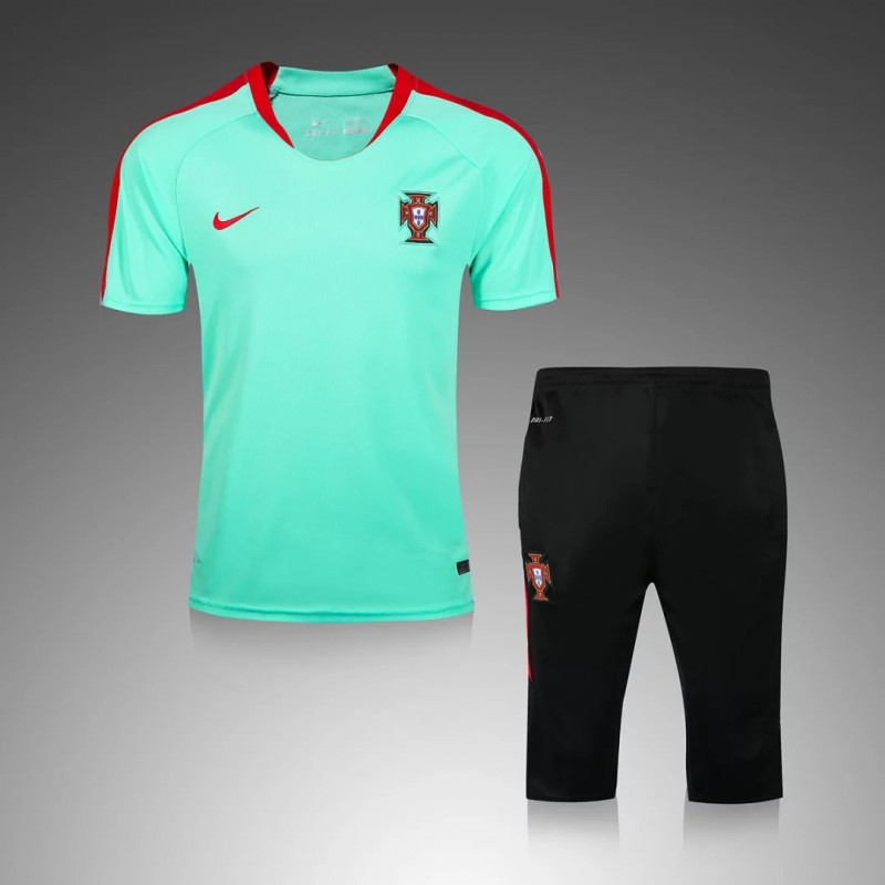 maillot training portugal vert maillot de foot pas cher. Black Bedroom Furniture Sets. Home Design Ideas